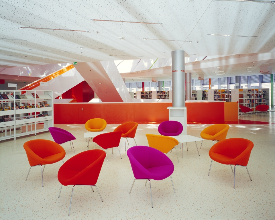 New augsburg municipal library for Interior design augsburg