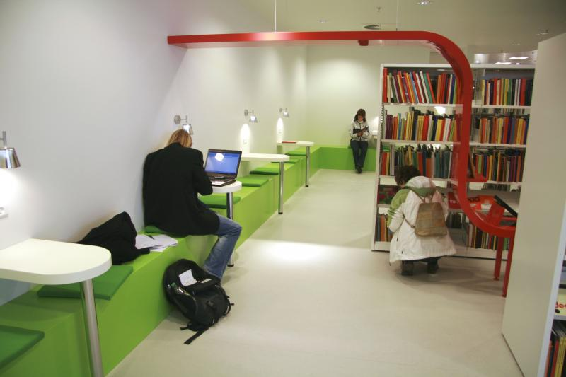 Hj 248 Rring Library In Metropol Librarybuildings Info