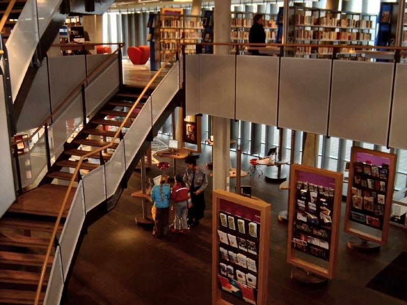 Floriande Public Library